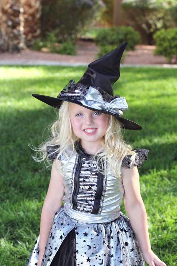 zoey witch 10