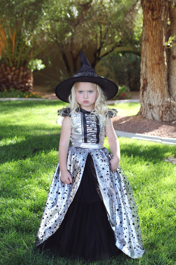 zoey witch 3