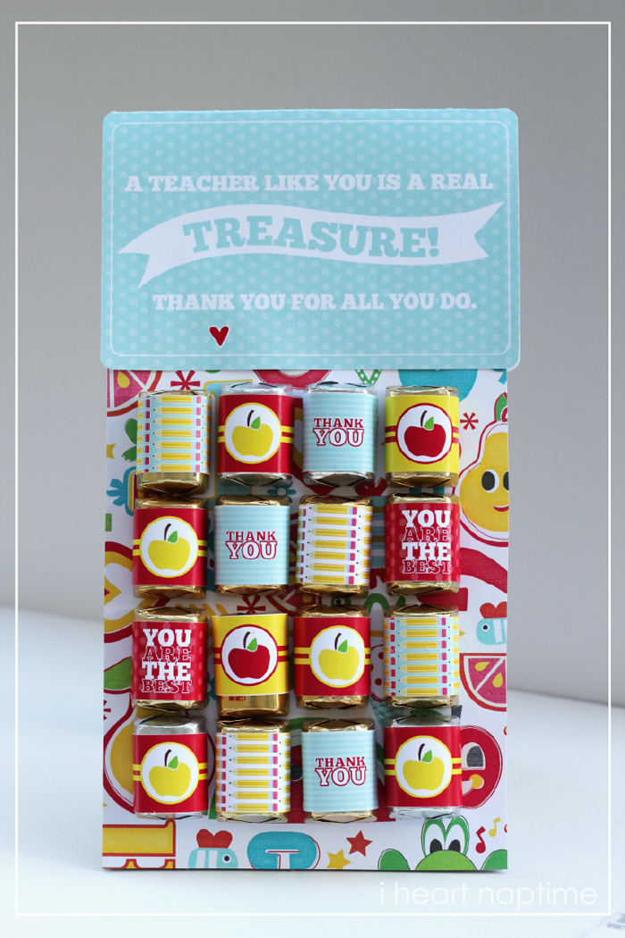 Teacher Gift For Christmas: You Are The Apple Of Our Eye {Free Teacher Appreciation
