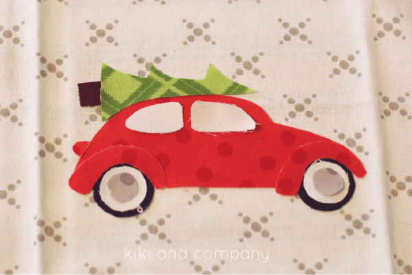 DIY kitchen Christmas towel...free template and printable at kiki and company. #christmas png