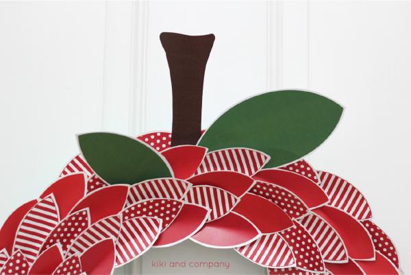 Apple Wreath from kiki and company.Cute!